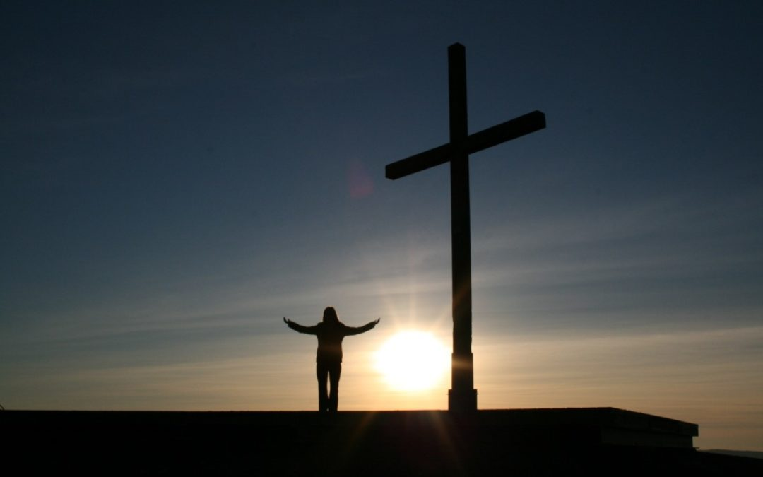 Fazer Caminho: Das Pedras ao Fogo da Páscoa